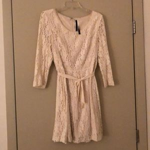 Kensie Cream Velvet and Lace dress - Size L